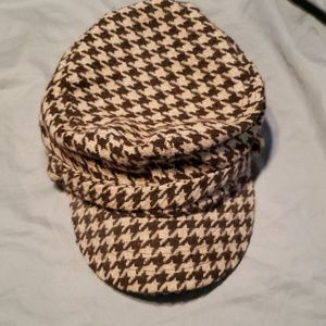 Accessories - Like new hat